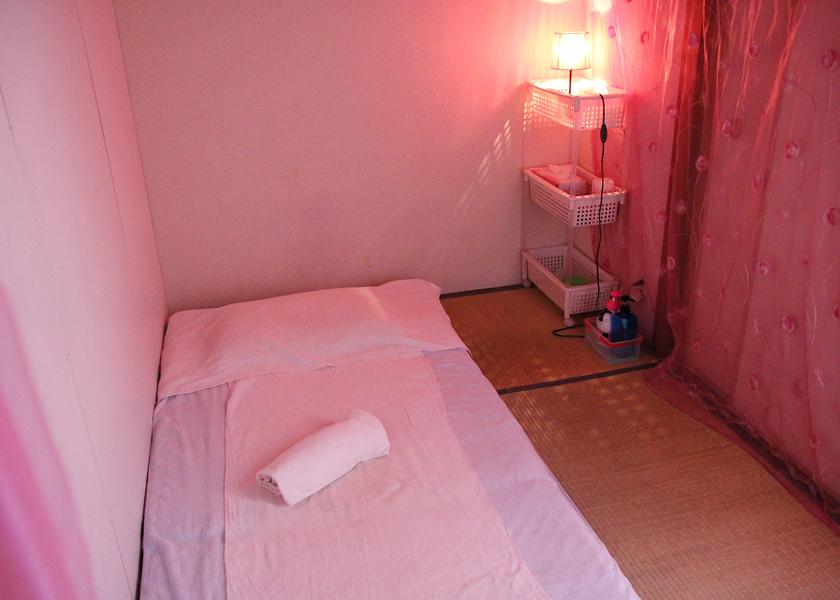 MFB_room_001